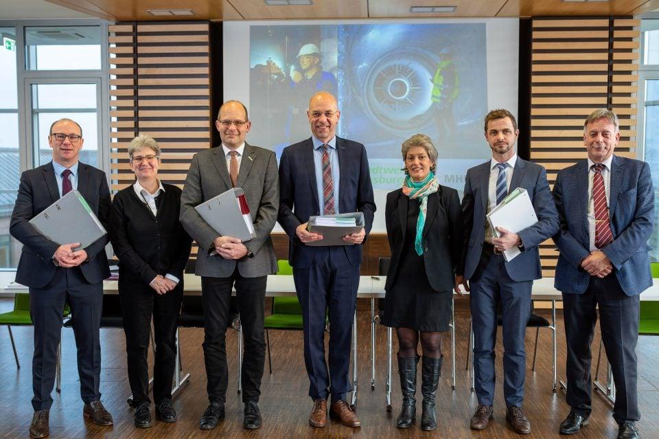 Stadtwerke geben Gas – Verträge Gasturbine und Abhitzekessel Kessel 13 unterschrieben